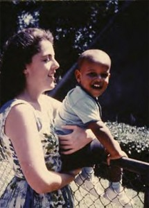 Ann Dunham with infant Barry